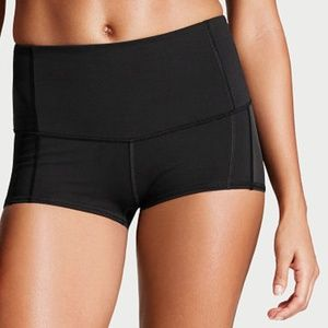 VS Sport Mesh Side Spandex Shorts BLACK M